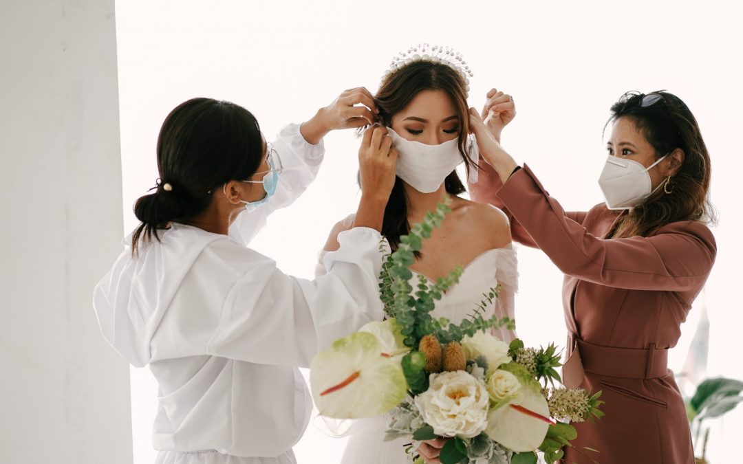 How to adapt your wedding plans to the changing safety protocols during the pandemic